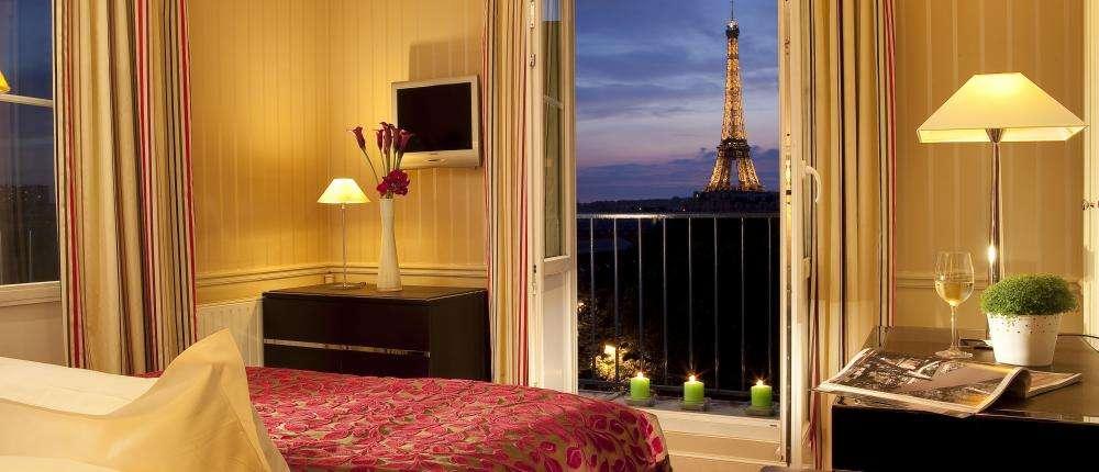 Bienvenue sur le nouveau site de l'Hôtel Duquesne Eiffel Paris